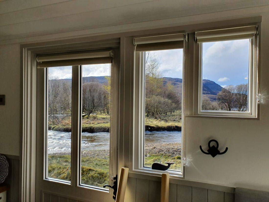 Shepherds hut with fabulous view in Inchnadamph