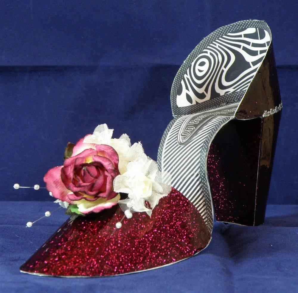 Ruby Glitter Shoe