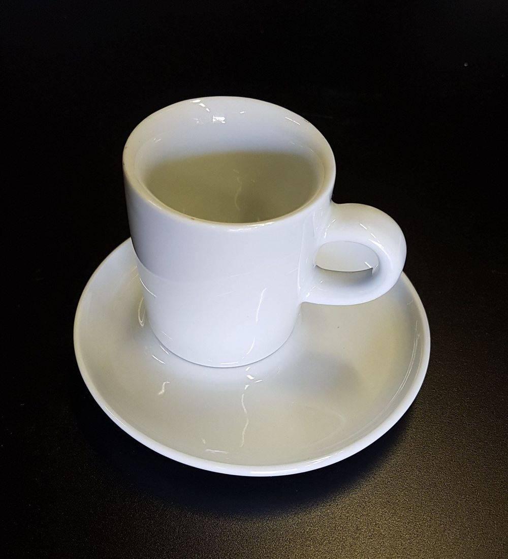 Espresso Tasse mit Unterteller - Fr. 1.-- pro St.