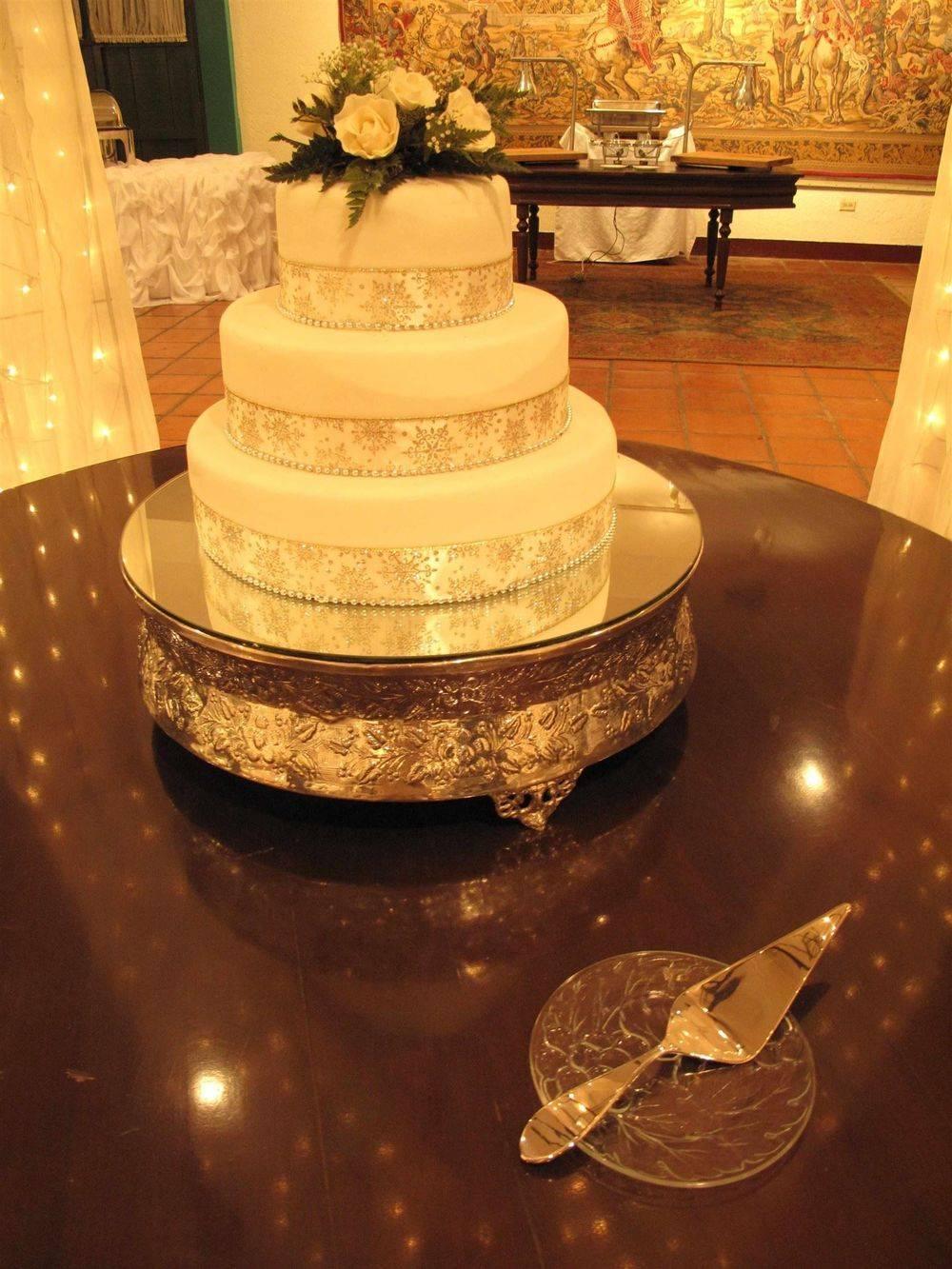 Fondant Cake Weddings in San Juan del Sur, Nicaragua - www.WeddingsNicaragua.com