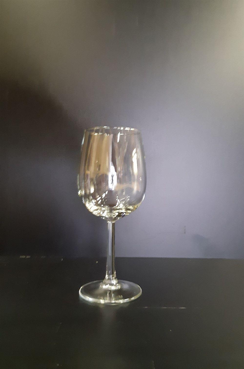 Weisswein Glas 0.23 l DOC 16 cm hoch - Fr. 0.70 pro / St.