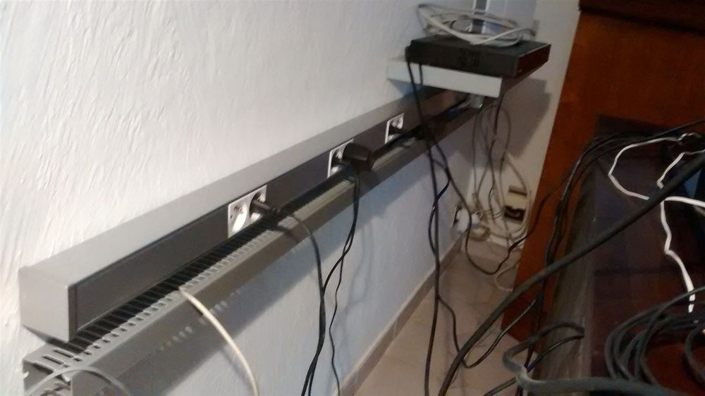goulotte de distribution cables.