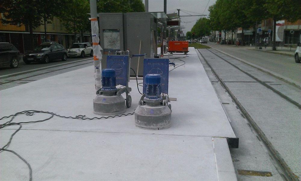 Béton poli station de tram de Bordeaux