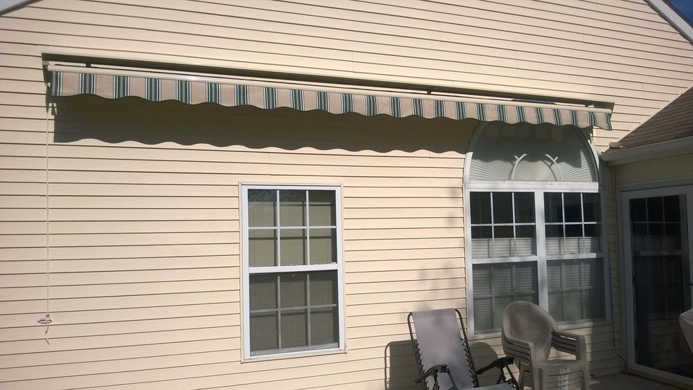 The target height for most retractable awning installations is 9'-10' high.