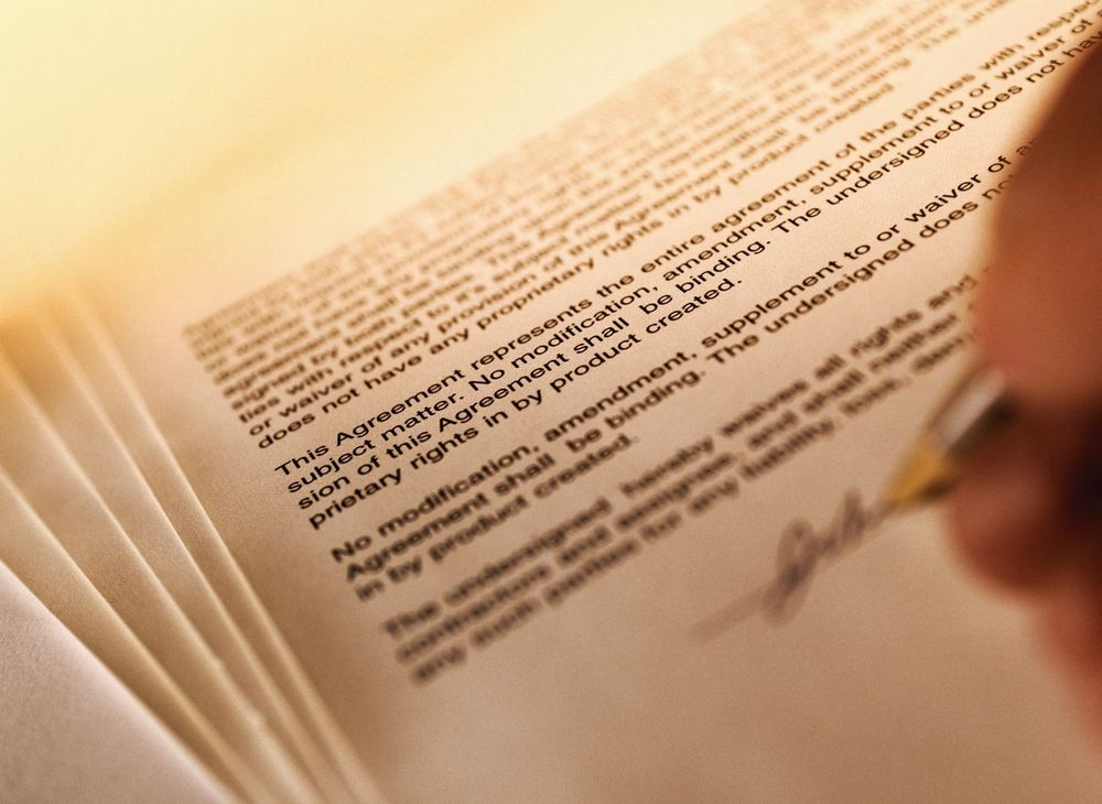 We provide effective legal representation to those involved in divorce, child support, child custody and legitimation matters.