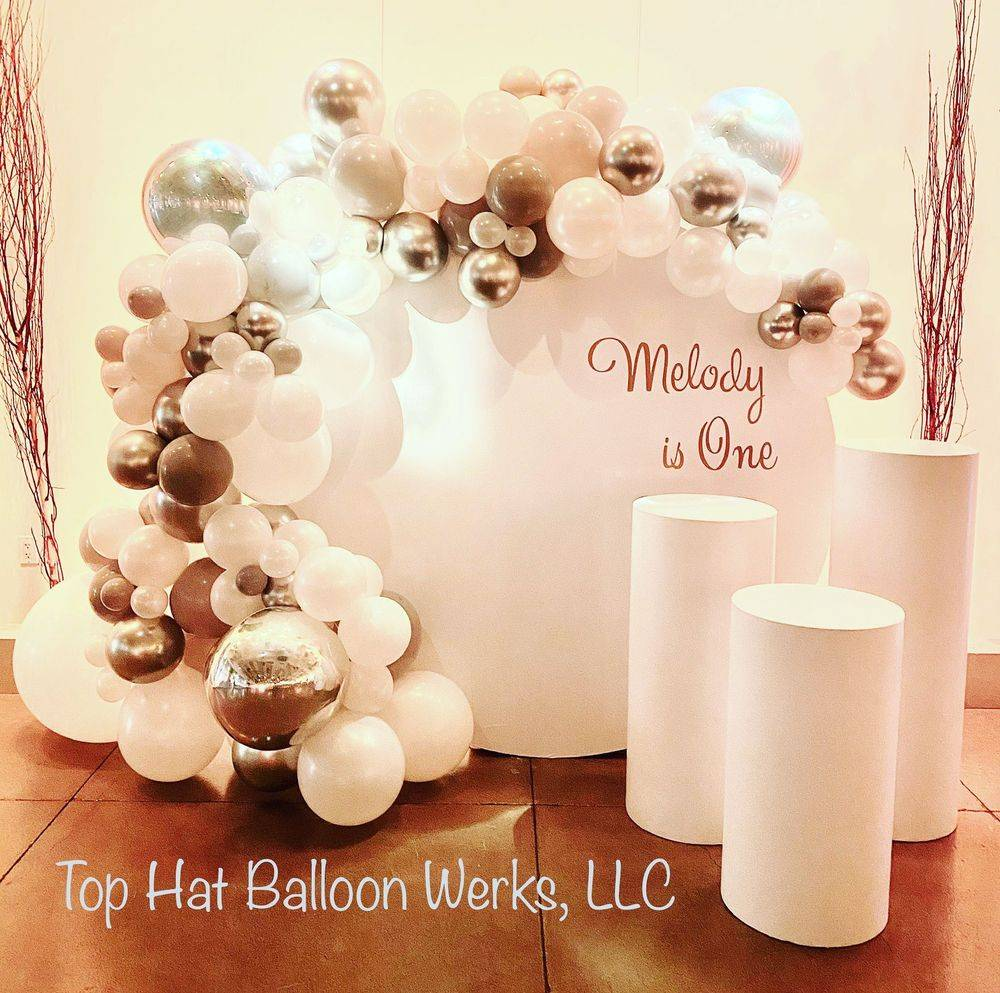 Organic Balloon Demi Circular Arch