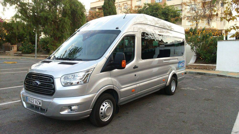 Minibus Transfers, Airport Transfers