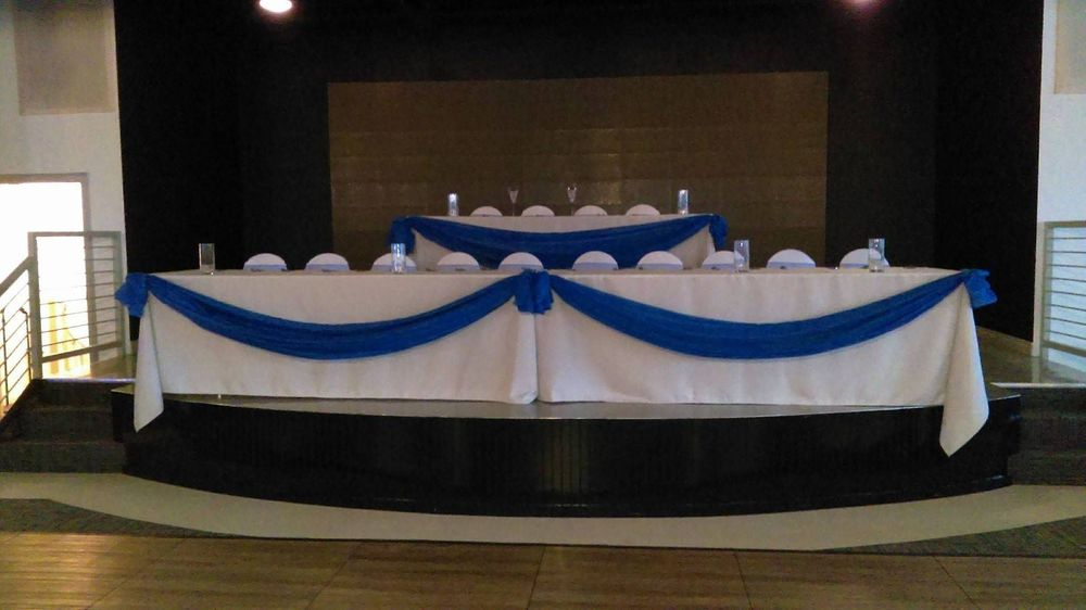 Table swags and polyester tablecloths