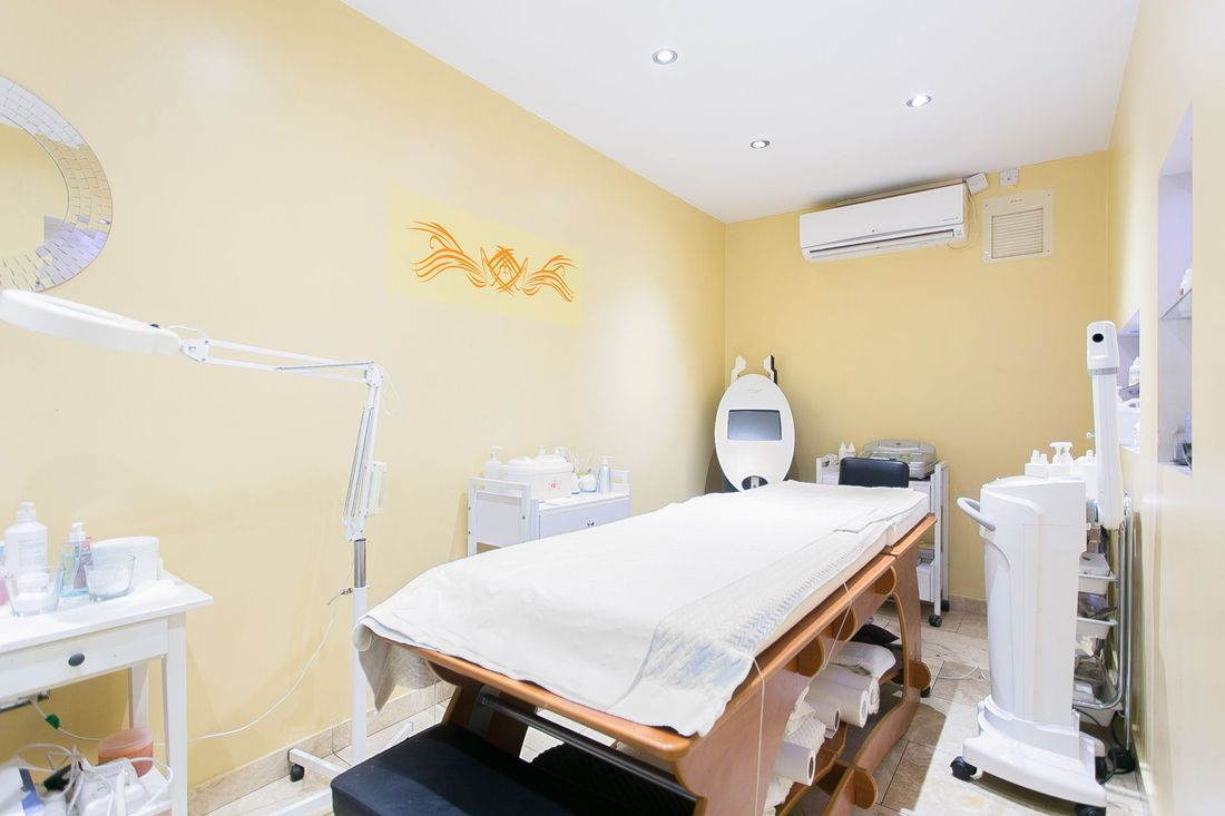 pedicure palmers green