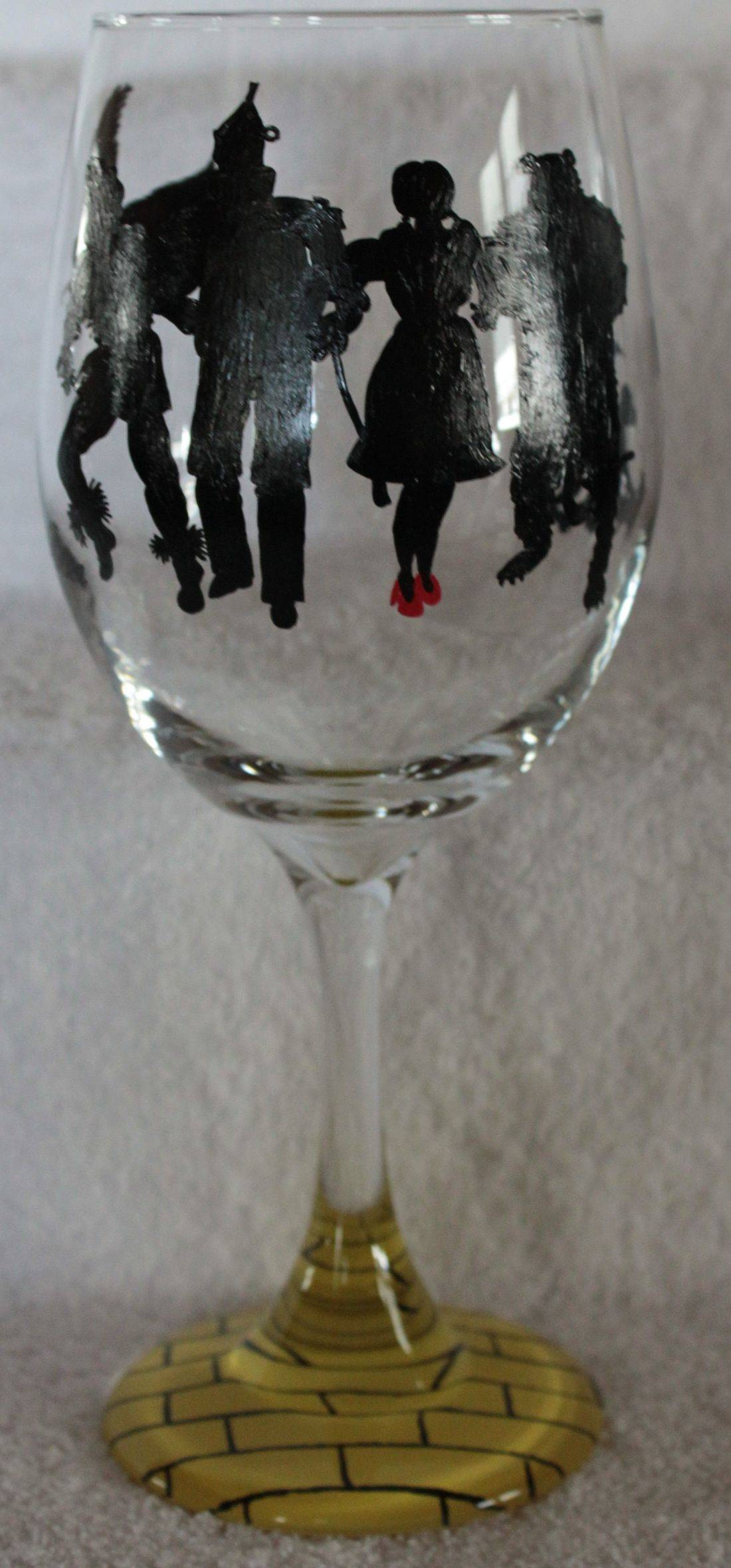 wizard of oz wine glass, dorothy wine glass, tin man wine, scarecrow wine