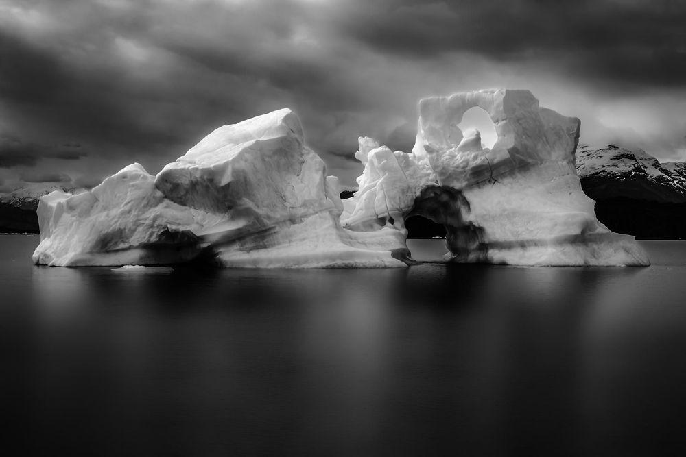 Stieven Rogiers Photography Perito Moreno II Black and white Fine Art picture