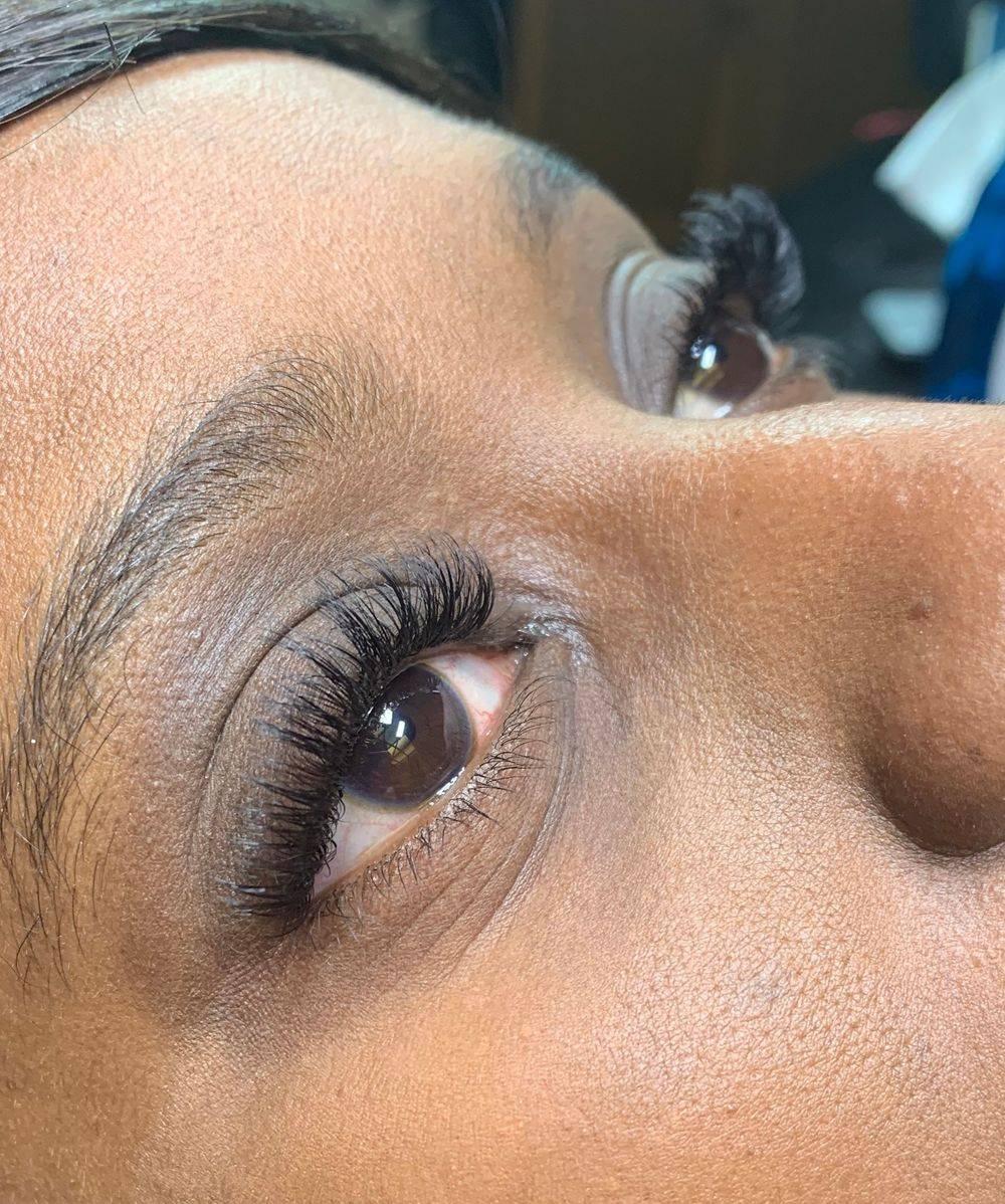 Russian volume eyelash extensions mill hill edgware watford stanmore 07956311618