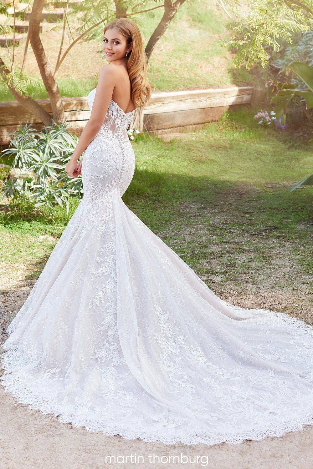 allover lace wedding dress, lace, fitted wedding dress