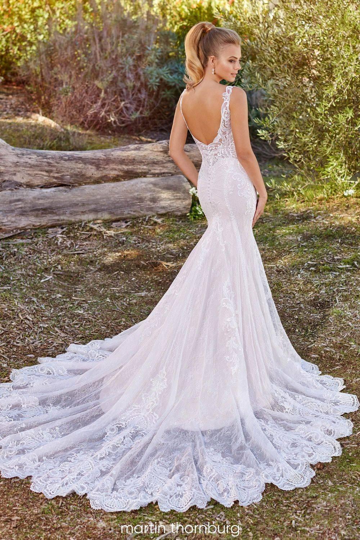 Gorgeous lace wedding dress with beautiful train