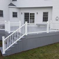 white composite Hudson