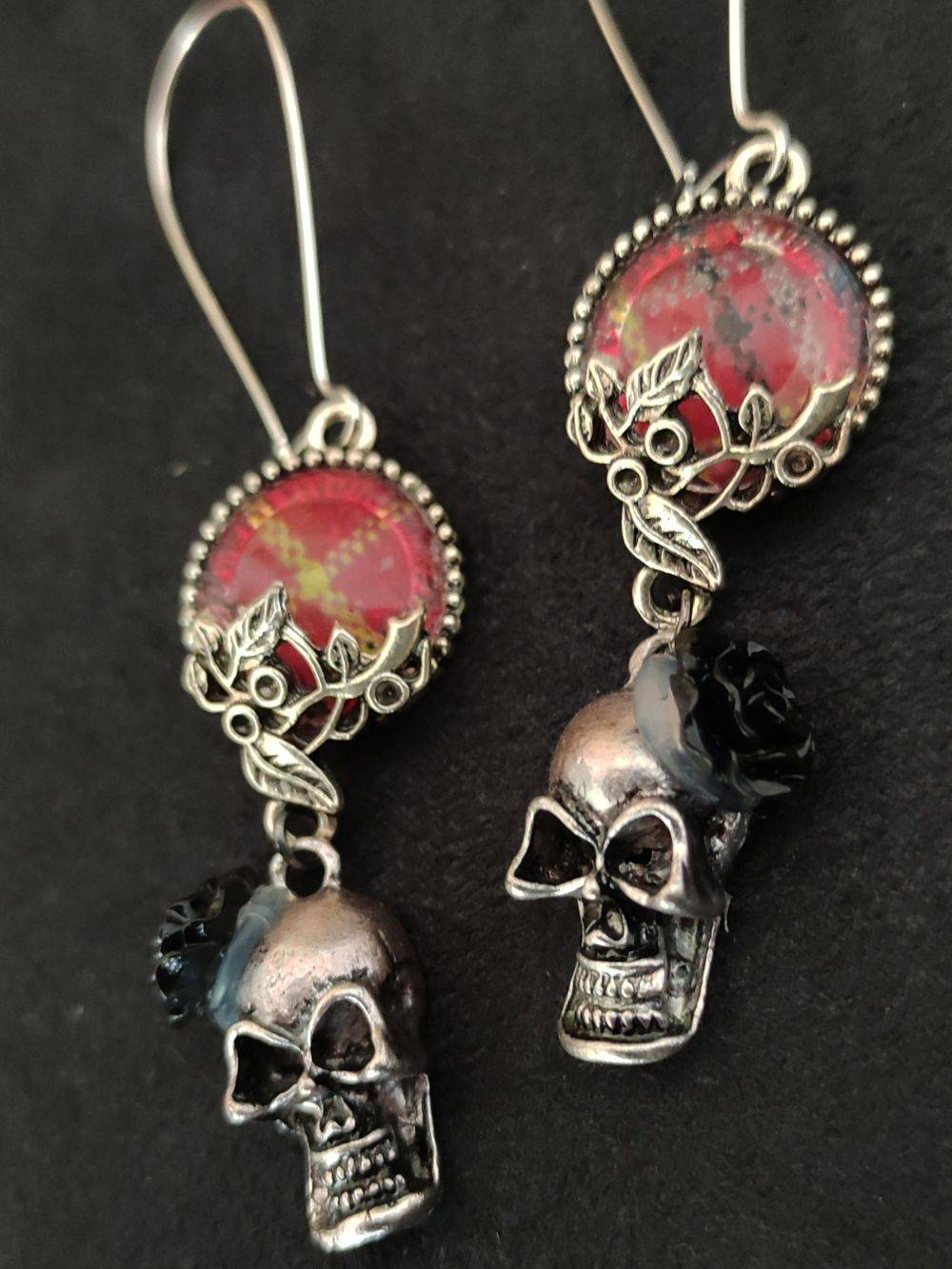 boucles d'oreilles tête de mort, boucles d'oreilles rock, , Bijoux rock, bijoux crâne, bijoux tête de mort, bijoux Biker, bijoux rockabilly, bijoux pinup, Skull, crâne, tête de mort, bijoux artisanaux, Rock'n'Babe, rocknbabe, rocknbabeshop