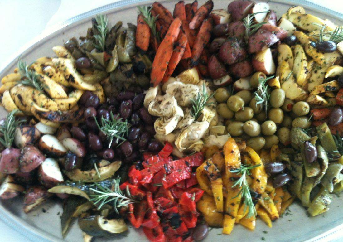 Chilled grilled mediterranean vegetable platter