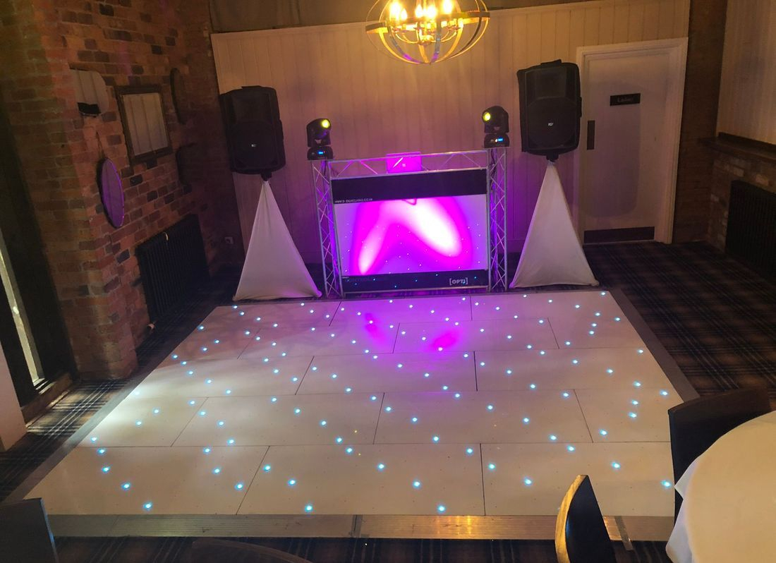 DJ Ollie Clarke The bell at belbroughton led dancefloor wedding dj