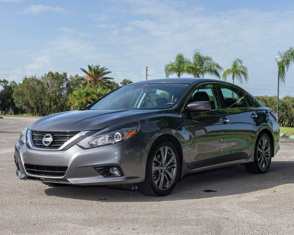 Miami Rental Car company. Rent a car Now