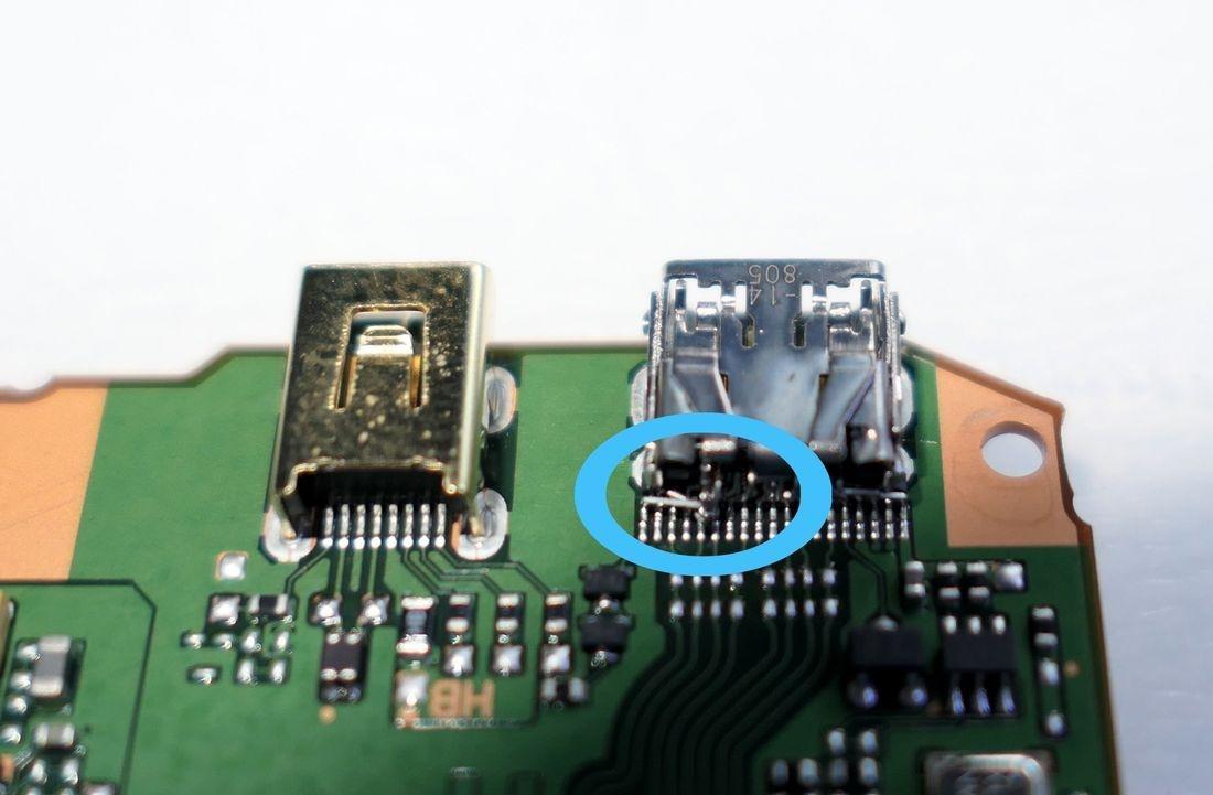 Panasonic DMC-GH4 Digital Camera HDMI Jack Socket PCB repair.