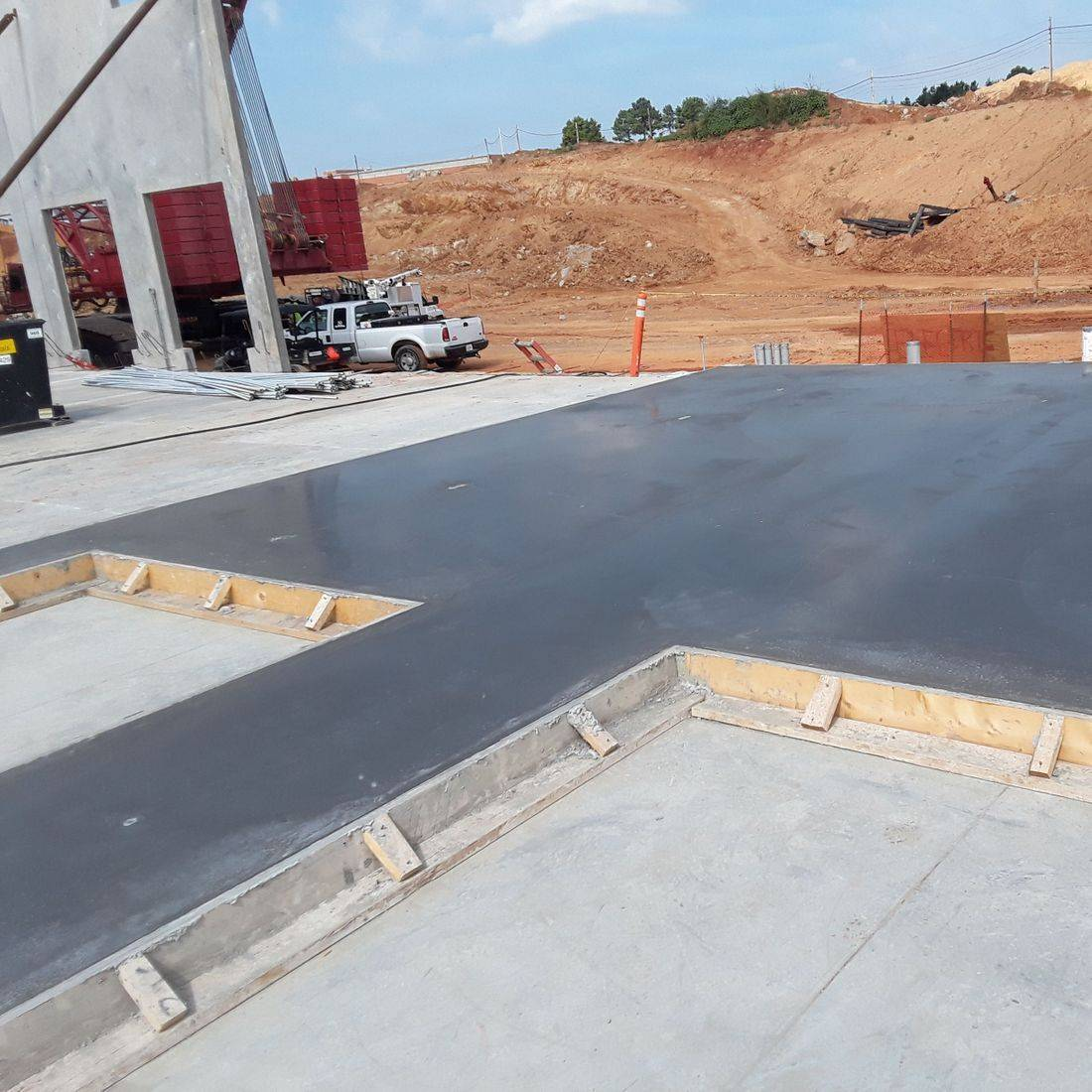 Waterproofing integral in tilt up concrete