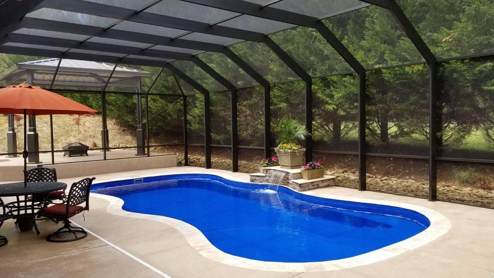 Custom Pool Pro Barrier Reef Fiberglass Pool