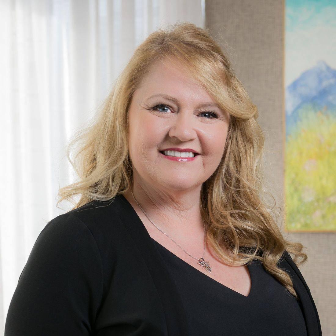 Victoria Johnson Heal Your Life Training Canada