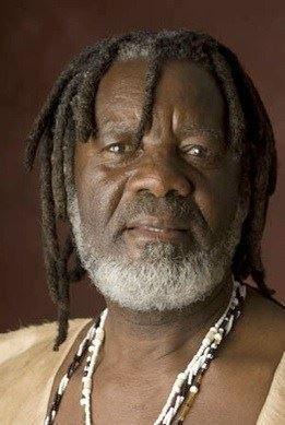Mandaza, shaman and peacemaker from Zimbabwe
