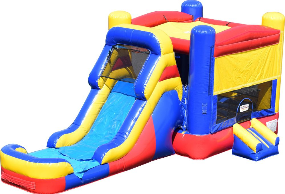 Bounce House With Wet Slide