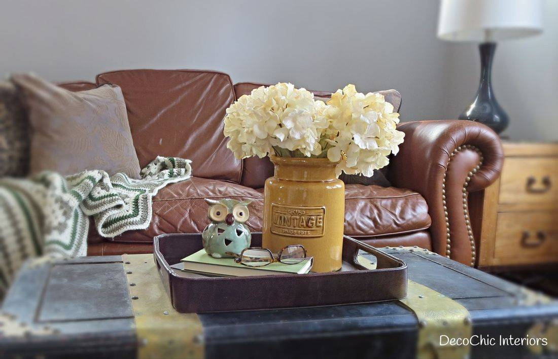 staging decorating winnipeg living room vintage certified staging professional realestate staging expert decochic interiors