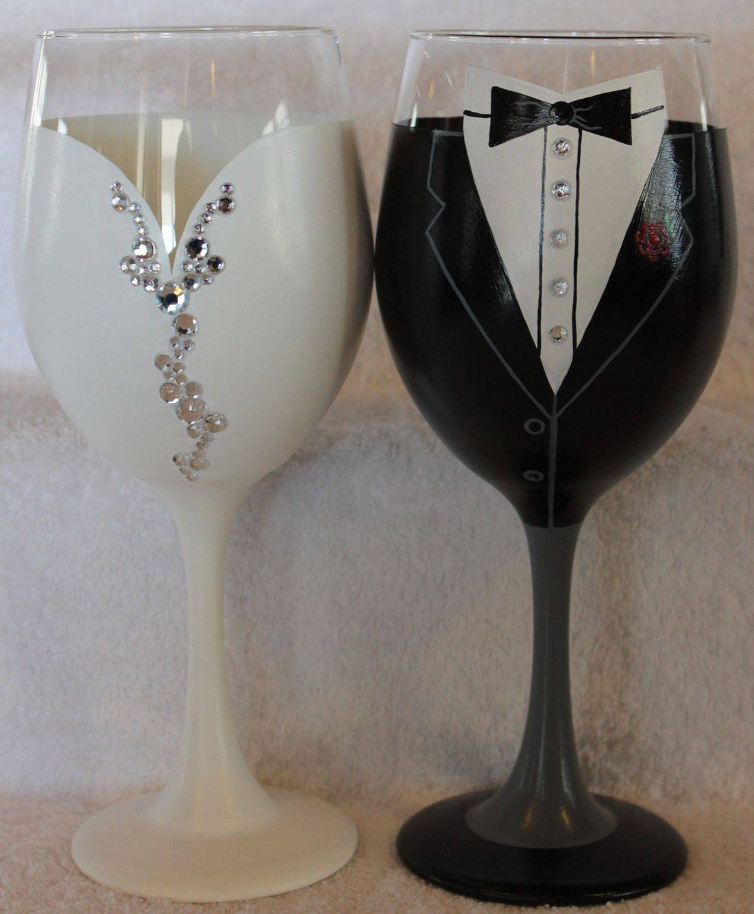 wedding wine glasses, bride wine glass, groom wine glass, bride and groom wine glass