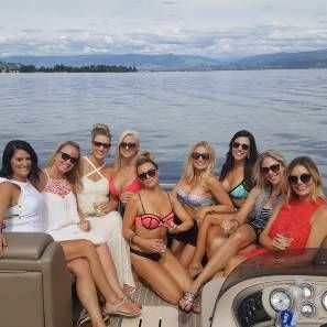 Book your Kelowna Stagette Boat Tour with Vines & Views Boat Tours