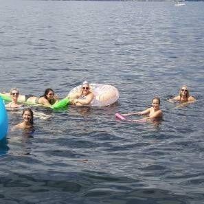 Enjoy Okanagan Lake with Kelowna Boat Tours
