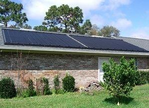 Paneles solares para calentar agua de piscina