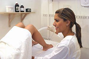 Colon Hydrotherapy, cleansing at Lighten Up Laser Therapy and Colonics