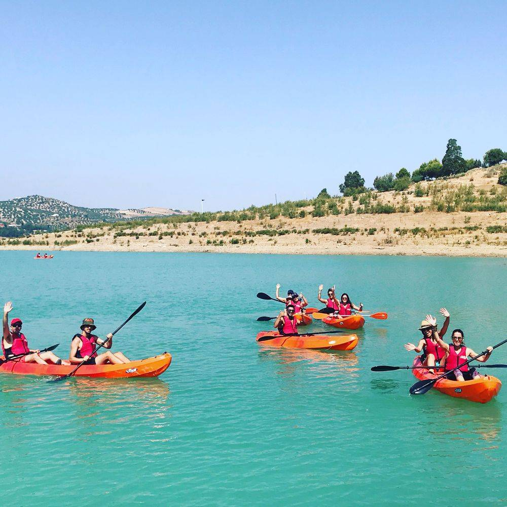 activities_for_groups_vinuela_lake