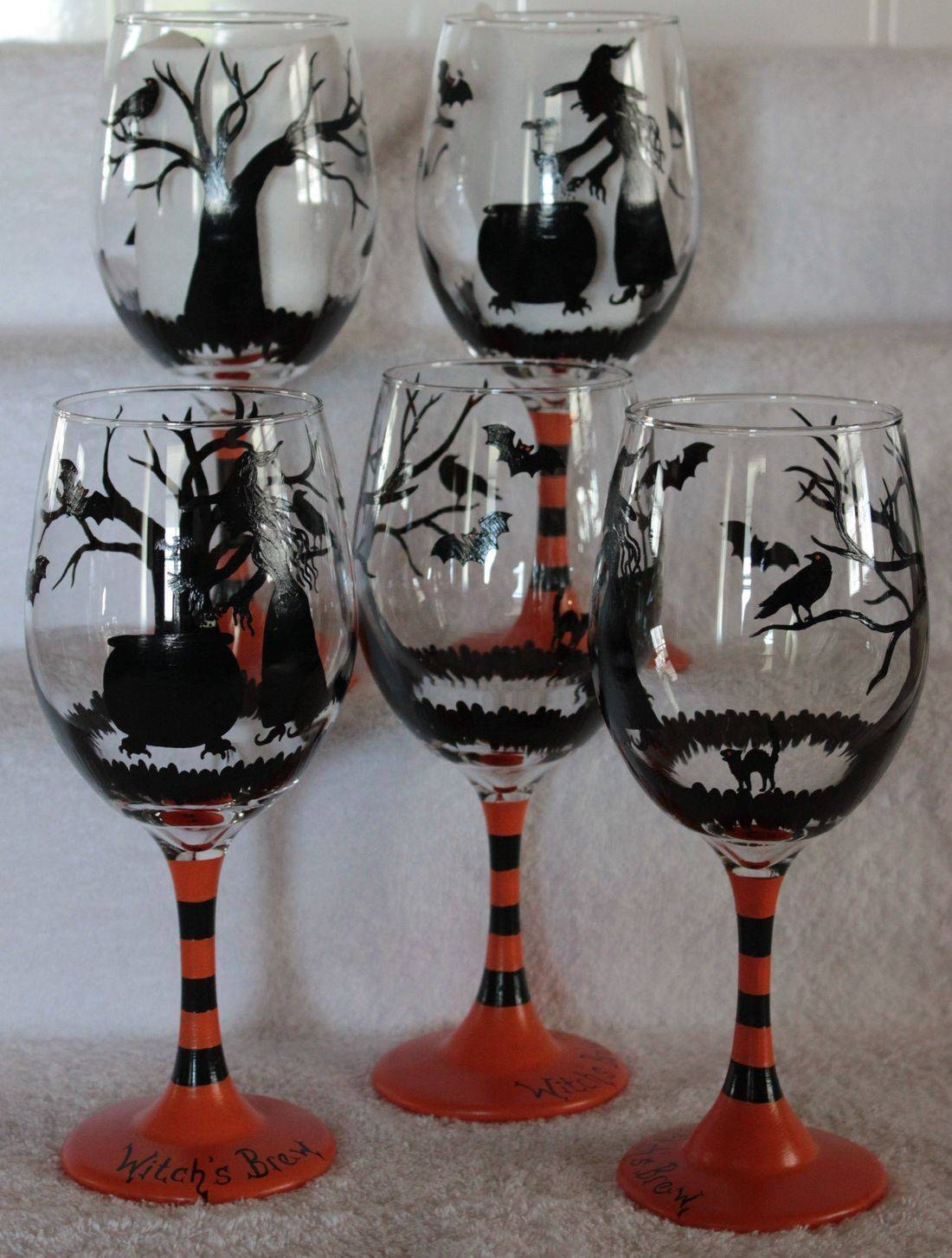 halloween wine glass, witch wine glass, witch and cauldron wine glass