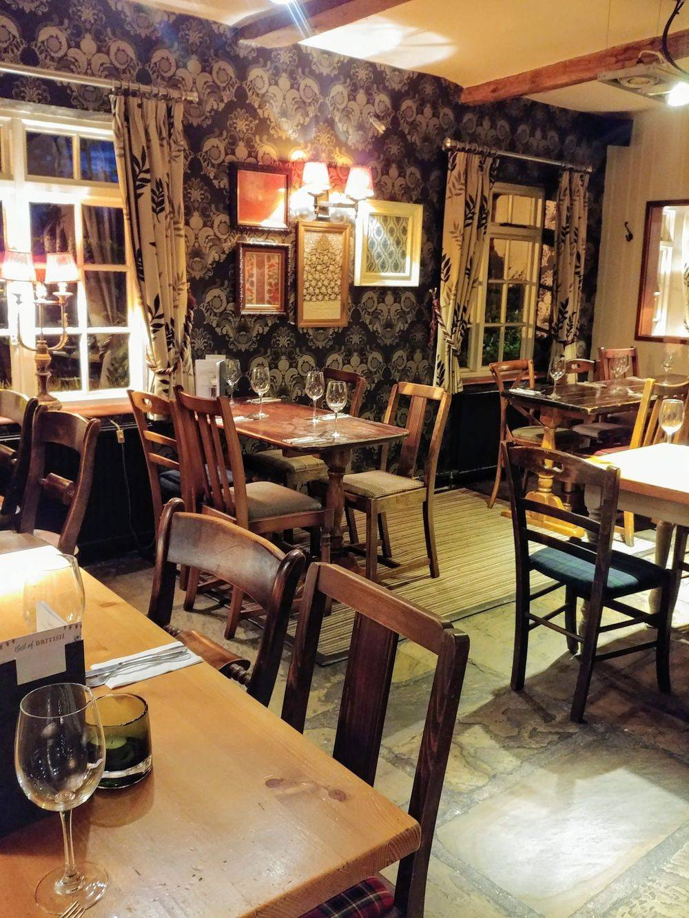 old english pubs , vintage inns united kingdom , british & far east traders , friars oak pub hassocks , sussex country pubs, best english pubs