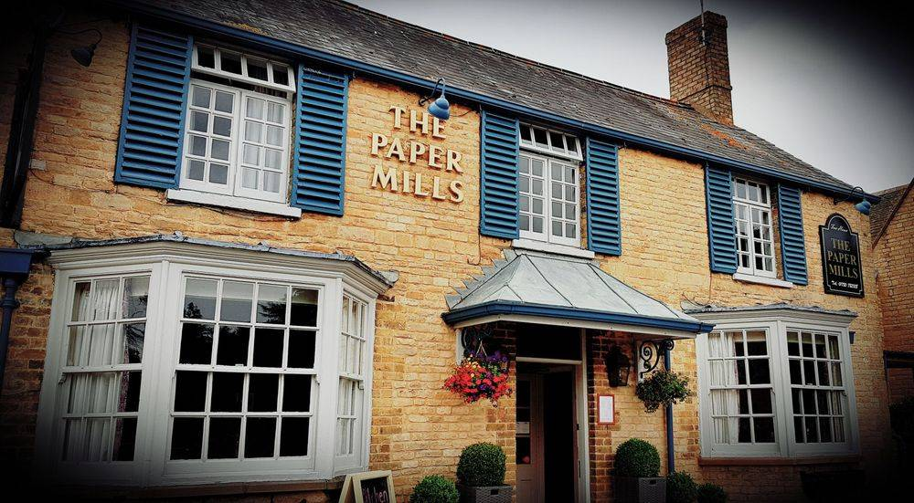 PAPER MILLS WANSFORD COUNTRY PUB RESTAURANT