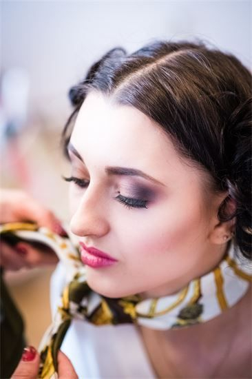 make up courses -Beauty Training Studio