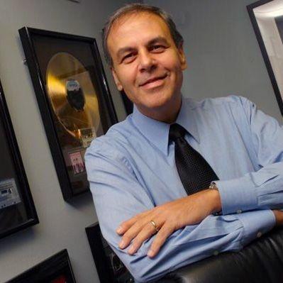 Music industry attorney, working with Jennifer Love Hewitt, Slash...