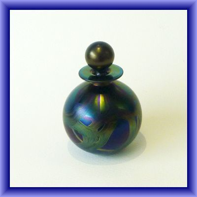 ISLE OF WIGHT GLASS/Black Ribbons spherical perfume bottle 14cm