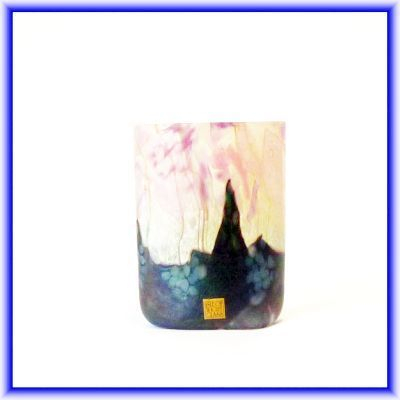 ISLE OF WIGHT GLASS/ studio glass vase,flower garden pattern, 12.5cm