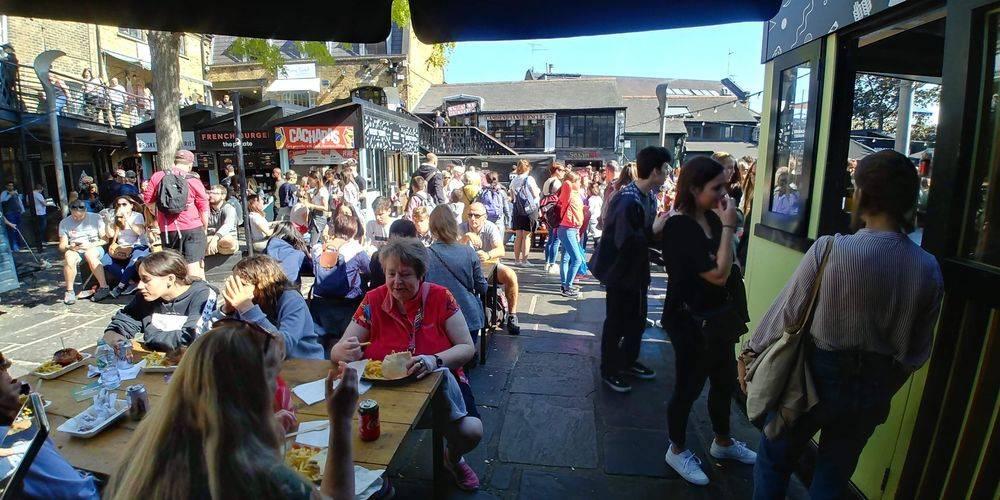 east london food trip, east end london culture trip ,british & far east traders, camden lock, camden market, regent's canal london, international street food market