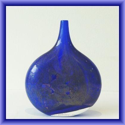 ISLE OF WIGHT GLASS  lollipop vase,silver jubilee 1985,15.5cm L x 13cm w