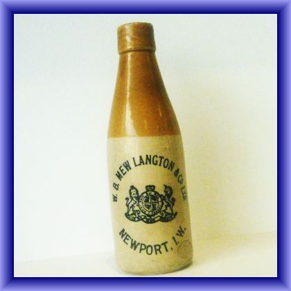GINGER BEER BOTTLES/Newport Isle of Wight ginger beer bottle