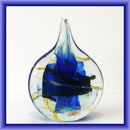 ISLE OF WIGHT GLASS 17cm L x 13cm W IOW studio glass lollipop vase, with flame pontil,early label