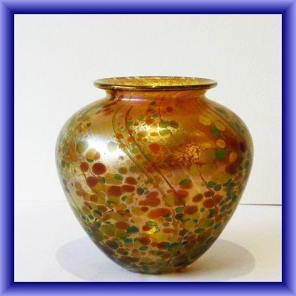 Goldberry baluster vase, 12cm h x 40cm circumfrance