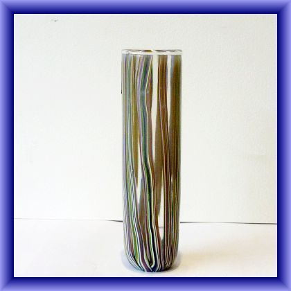 Isle of Wight studio glass vase signed by Johnathon Harris, 18.5cm h x 16cm circumference (2003)