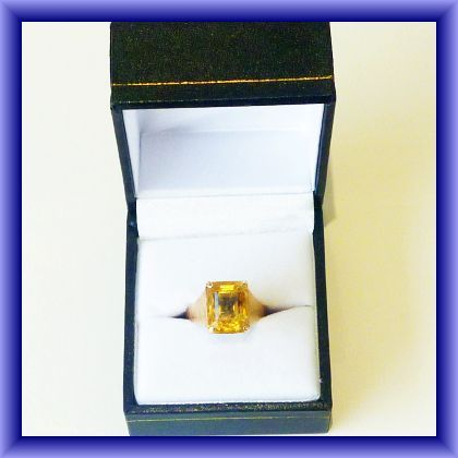 14ct TOPAZ RING ring, size M